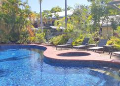 At The Mango Tree - Port Douglas - Pool