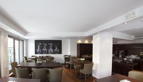 Plaka Hotel - Athens - Balcony