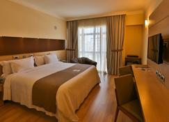 Bourbon Santos Convention Hotel - Сантус - Bedroom