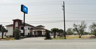 Americas Best Value Inn Brownsville - בראונסוויל