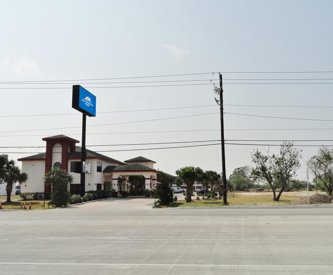 Americas Best Value Inn Brownsville - Brownsville - Building