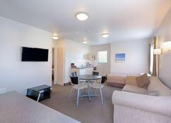 Bella Vista Motel Whangarei - Whangarei - Wohnzimmer