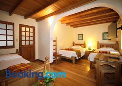 Vieja Cuba Hotel - Quito - Phòng ngủ