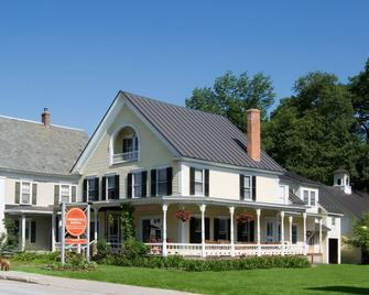 Homestyle Hotel Inn & Restaurant - Ludlow - Building