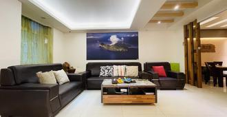 Jabez B&B - Jiaoxi Township - Living room