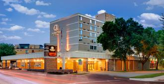 DoubleTree by Hilton Madison Downtown - Madison - Edificio