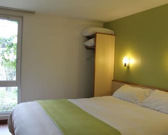 Hôtel Restaurant Maison Blanche - Rungis - Bedroom