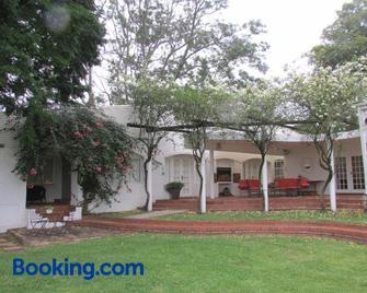Sugar Hill Manor Guesthouse - Eshowe - Edificio