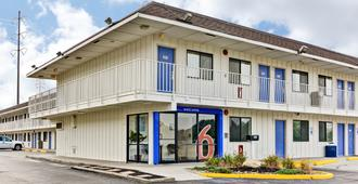 Motel 6 Pittsburgh - Crafton - Pittsburgh - Edificio