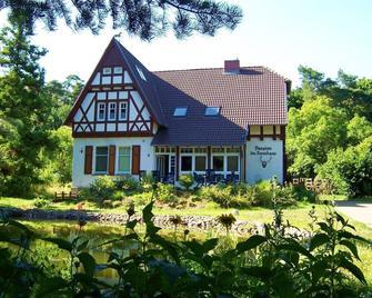 Pension Im Forsthaus - Angermünde - Building