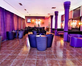 ibis Oujda - Oujda - Lounge