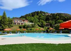 Hotel Pineta Campi - Tremosine - Piscina