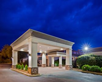 Best Western Plus Waterville Grand Hotel - Waterville - Building