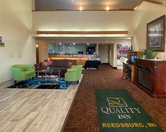 Quality Inn - Reedsburg - Lobby