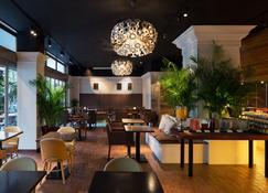 Holiday Inn Osaka Namba - Osaka - Restaurante