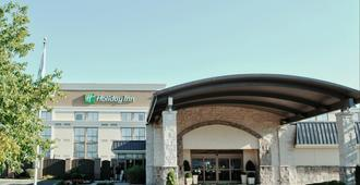 Holiday Inn Cincinnati-Riverfront - Covington - Edificio