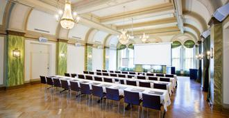 Klaus K Hotel - Helsinki - Meeting room