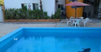 Hostel Punta Sam - Cancún - Pool