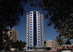 فندق أجنحة رومي - مدينة الكويت - مبنى