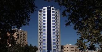 Roomi Suites Hotel - Al-Kuwait