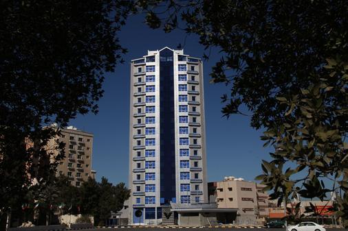 Roomi Suites Hotel - Kuwait - Rakennus