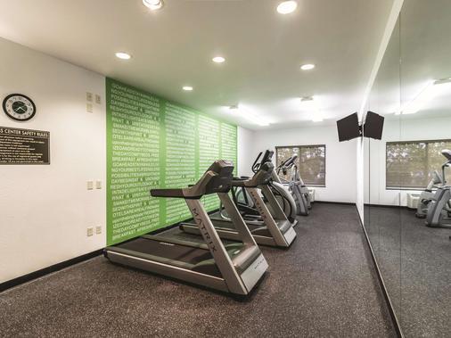 La Quinta Inn & Suites by Wyndham Fargo-Medical Center - Fargo - Kuntosali
