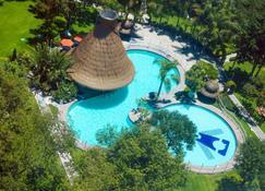 Holiday Inn San Luis Potosi-Quijote - San Luis Potosí - Pool