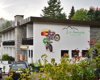 La Irmania Pension - Finkenstein am Faaker See - Budova