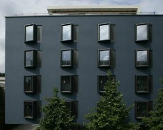 Blue City Hotel - Baden - Building