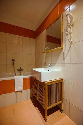 Hotel King George - Prague - Bathroom
