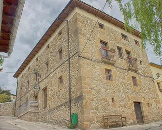 La Madriguera de Tomaso - Eraul - Edificio