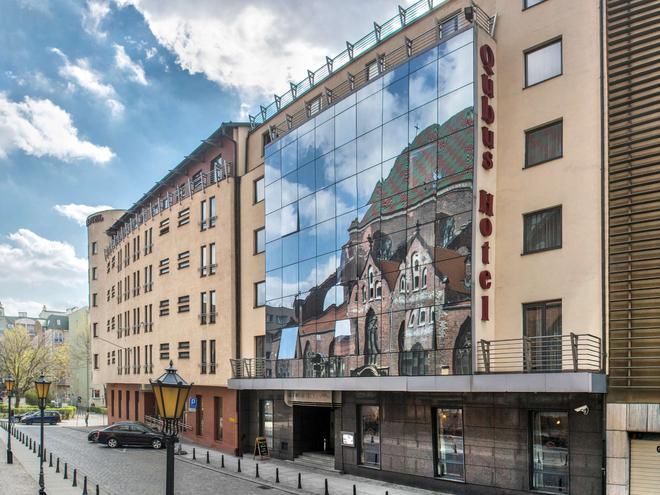 弗羅茨勞庫布斯酒店 - 弗羅茨瓦夫 - 弗羅茨瓦夫 - 建築