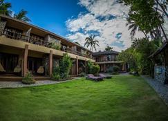 Reef Retreat Resort - Boracay - Edificio
