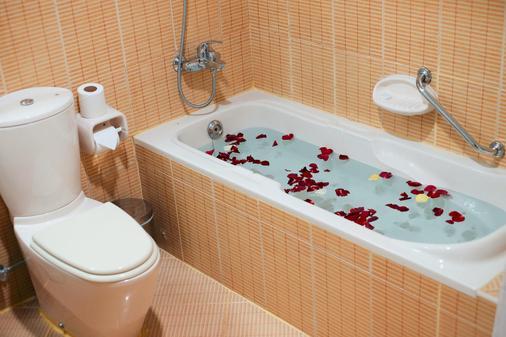 Baity Hotel Apartments - Dubai - Bathroom
