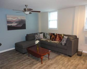 The Private Suite in Willow Grove Park - Willow Grove