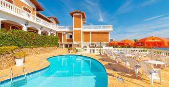 Hotel Guanumbis - איליאבלה - בריכה