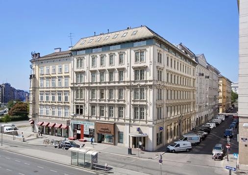 Living Hotel an der Oper by Derag - Wien - Rakennus