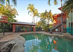 Travellers Oasis - Hostel - Cairns - Uima-allas