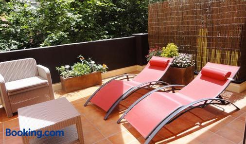 Nyx Hotel - Perpignan - Balcony