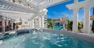 Reges Oceanfront Resort - Wildwood Crest - Bể bơi