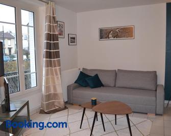 Meudon : idéal pour séjour à Paris - Медон - Living room