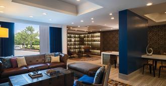 Renaissance Concourse Atlanta Airport Hotel - Atlanta - Sala de estar