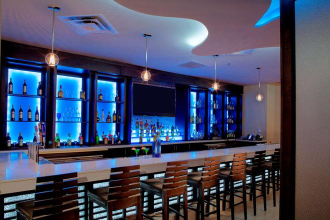 DoubleTree by Hilton Hotel Jacksonville Airport - Jacksonville - Bar
