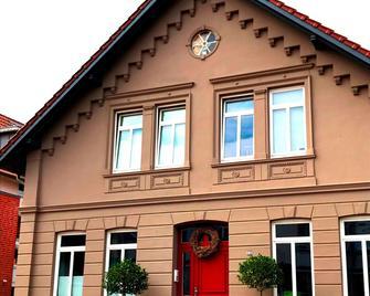 Ferienwohnung Schönwälder - Buxtehude - Gebäude