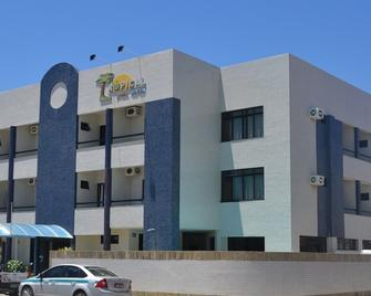 Tropical Praia Hotel - Aracaju - Κτίριο