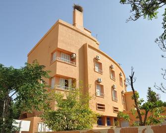 Hôtel El Ayachi - Midelt - Building