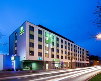Holiday Inn Express Augsburg - Augsburg - Building
