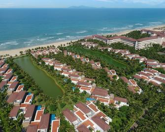 Vinpearl Luxury Da Nang - Дананг - Outdoors view