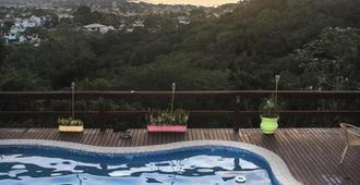 Sunset Hostel & Suites - Búzios - Pool