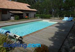 Villa Capsylvaine - Captieux - Pool